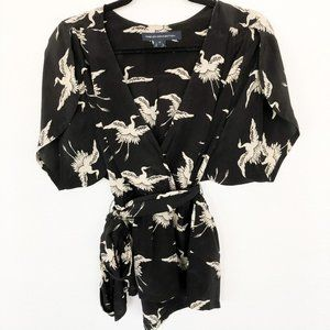 French Connection crane print top w/ tulip sleeve
